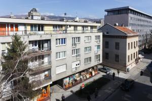 Apartment Meeting - фото 3