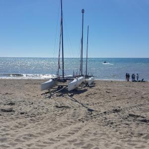 Gîtes de la Mer - Mer et Soleil, Case vacanze  Hauteville-sur-Mer - big - 37