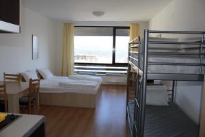Apartment Kutelo, Apartmány  Bansko - big - 48