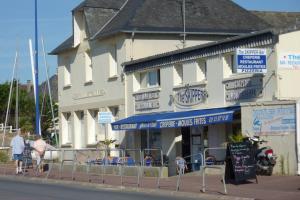 Gîtes de la Mer - Mer et Soleil, Case vacanze  Hauteville-sur-Mer - big - 23