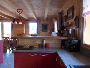 Chalet Le Villard, Horské chaty  Enchastrayes - big - 15