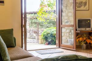 Sara's House, Apartments  Taormina - big - 4