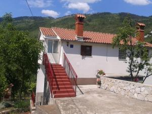 Apartment Golovik 12115a