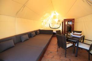 Ecohill Glamping Jeju, Luxury tents  Jeju - big - 8