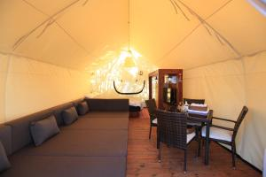 Ecohill Glamping Jeju, Luxury tents  Jeju - big - 13