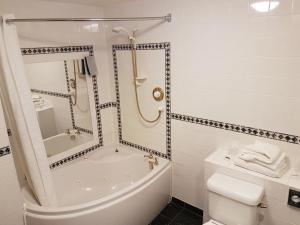 Best Western Rockingham Forest Hotel, Отели  Корби - big - 12