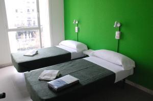 Motion Chueca, Hostels  Madrid - big - 2