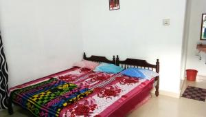 Sri Krishna Lodge
