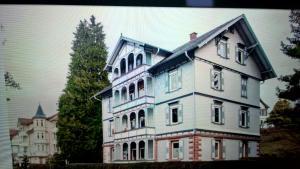 Schicke 115qm Altbauwohnung in Schwarzwald Villa
