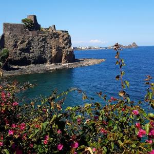 Apartment Inn, Nyaralók  Aci Castello - big - 25