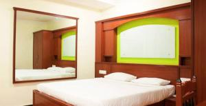 Vista Rooms at T Nagar, Ченнаи