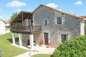 La Vieille Grange, Manoir de Longeveau