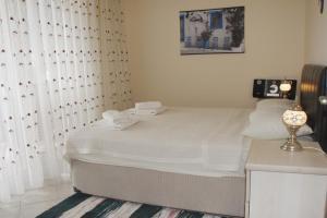 Thera Homes 13, Apartments  Oludeniz - big - 10