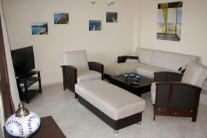 Thera Homes 13, Apartments  Oludeniz - big - 7
