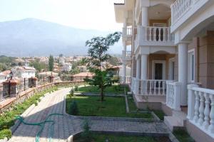 Thera Homes 13, Apartments  Oludeniz - big - 5