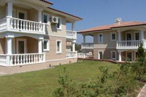 Thera Homes 13, Apartments  Oludeniz - big - 12