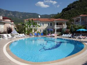 Thera Homes TH18, Apartmanok  Oludeniz - big - 1