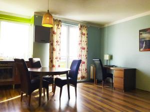 Apartament Szafranowy, Apartmanok  Wrocław - big - 61