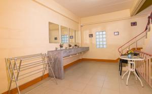 Chaofar De Hostel, Hostels  Krabi - big - 42