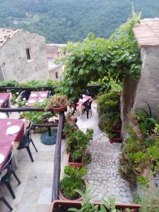 A Taverna Intru U Vicu, Bed & Breakfasts  Belmonte Calabro - big - 77