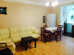 Apartment on Abazgaa, Apartmanok  Gagra - big - 2