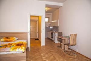 Апартаменты Beautiful Central Apartment Thámova, Прага