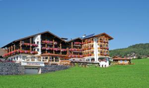 Hotel Alpenfrieden - Maranza