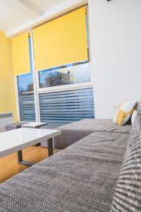 Studio Apartment Yellow - фото 3