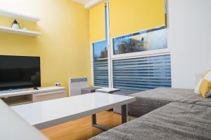 Studio Apartment Yellow - фото 2