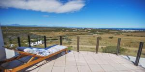 Fly Me To The Moon Guest House, Affittacamere  Mossel Bay - big - 24