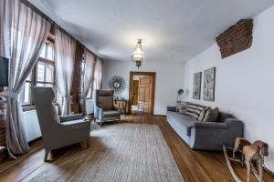 Casa Veche, Aparthotely  Brašov - big - 2