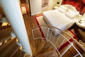 Titanic Duplex Suite