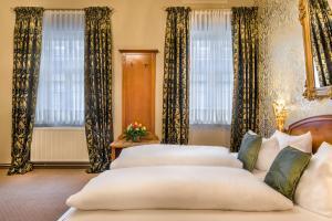 Exclusive Triple Room