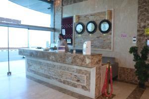 Zahrat Layan Hotel, Residence  Al Qunfudhah - big - 38