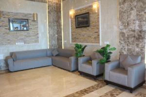 Zahrat Layan Hotel, Residence  Al Qunfudhah - big - 41