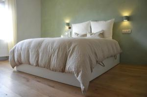 B&B Huize Momentum, Bed and Breakfasts  Zottegem - big - 3