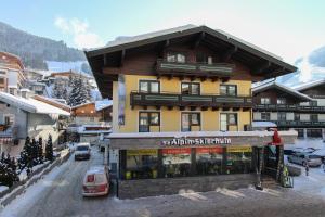 Bike & Ski Hotel Conrad - Saalbach Hinterglemm