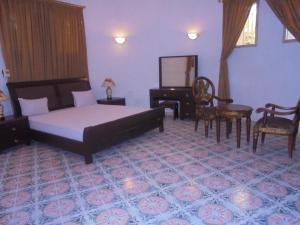 Le Manoir Guest House