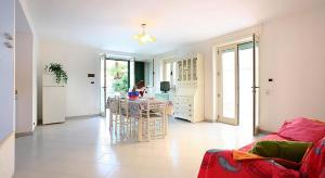 Appartamento Mare Blu, Apartmanok  Torre Suda - big - 14