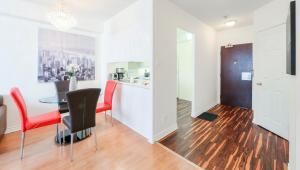 Canada Suites on Bay, Ferienwohnungen  Toronto - big - 12