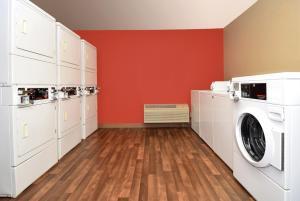 Extended Stay America - Philadelphia - Bensalem, Aparthotely  Bensalem - big - 13
