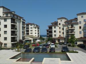 Real Black Sea Apartments - фото 3