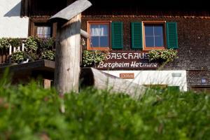 Berggasthaus Hermine Madau, Fogadók  Bach - big - 15