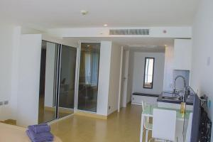 Avenue Residence condo by Liberty Group, Apartments  Pattaya Central - big - 74