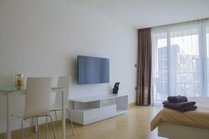 Avenue Residence condo by Liberty Group, Apartments  Pattaya Central - big - 72