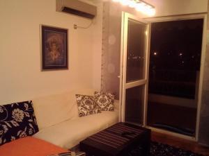 Miona Apartment, Апартаменты  Бар - big - 1