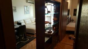 Miona Apartment, Апартаменты  Бар - big - 17