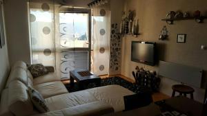 Miona Apartment, Апартаменты  Бар - big - 7