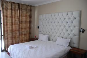 Hotel Galaxy, Отели  Ongwediva - big - 7