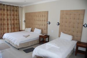 Hotel Galaxy, Отели  Ongwediva - big - 8